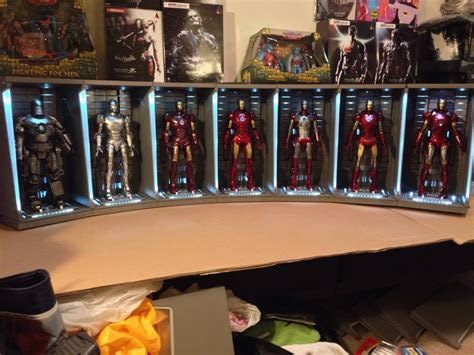 Iron Man 3 Hot Toys Hall Of Armor 7 Pack 1/6 Scale